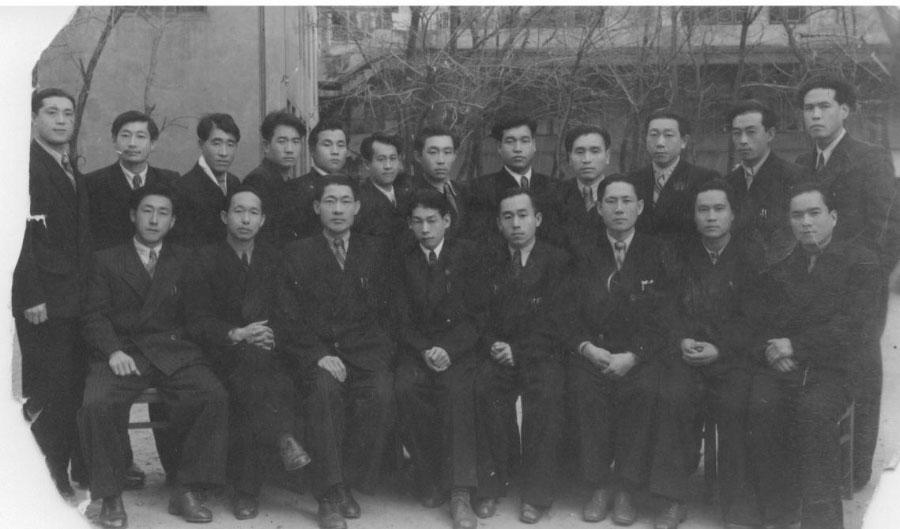Накануне репатриации из Магадана на родину в 1955 году