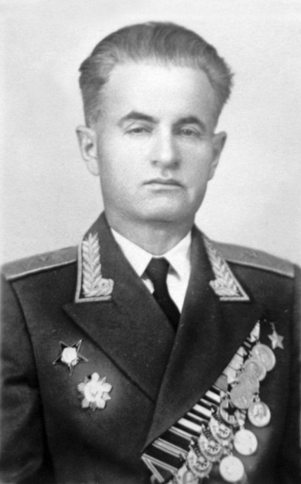 Концевой Зиновий Абрамович – начальник инженерных войск 60-й армии (Центральный фронт).