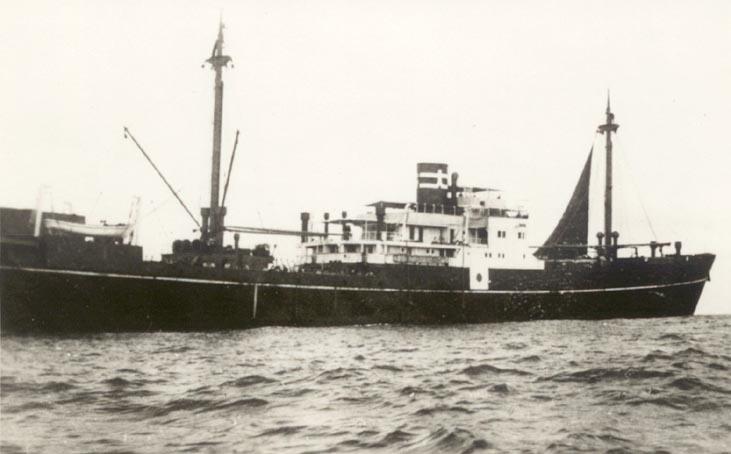 Немецкий крейсер (рейдер) «Комет», замаскированный под японское судно «Токио-Мару».