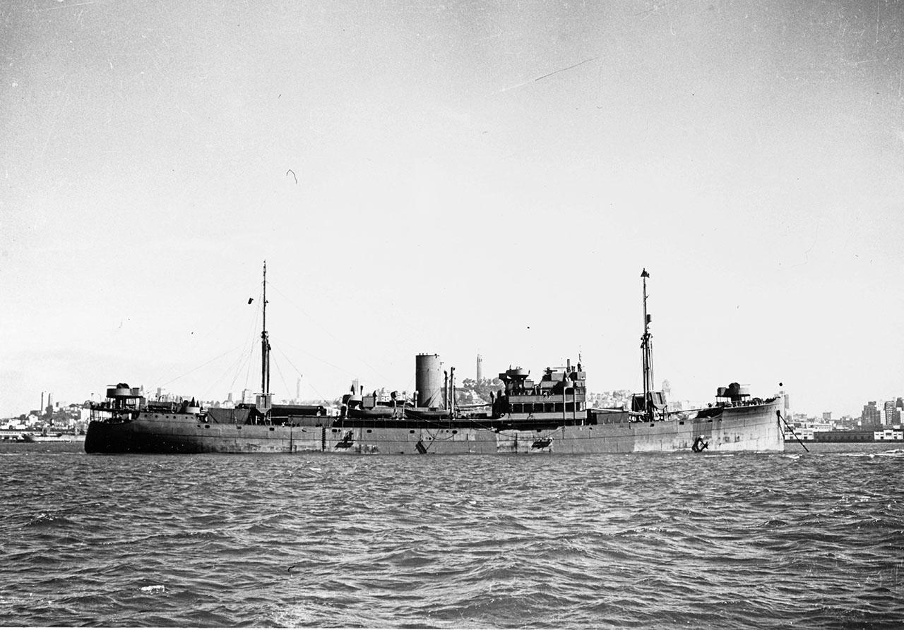 Сухогруз Двина в порту Сан-Франциско (США). Бывший испанский сухогруз Cabo Quilates перешедший в собственность СССР в 1938-ом году.