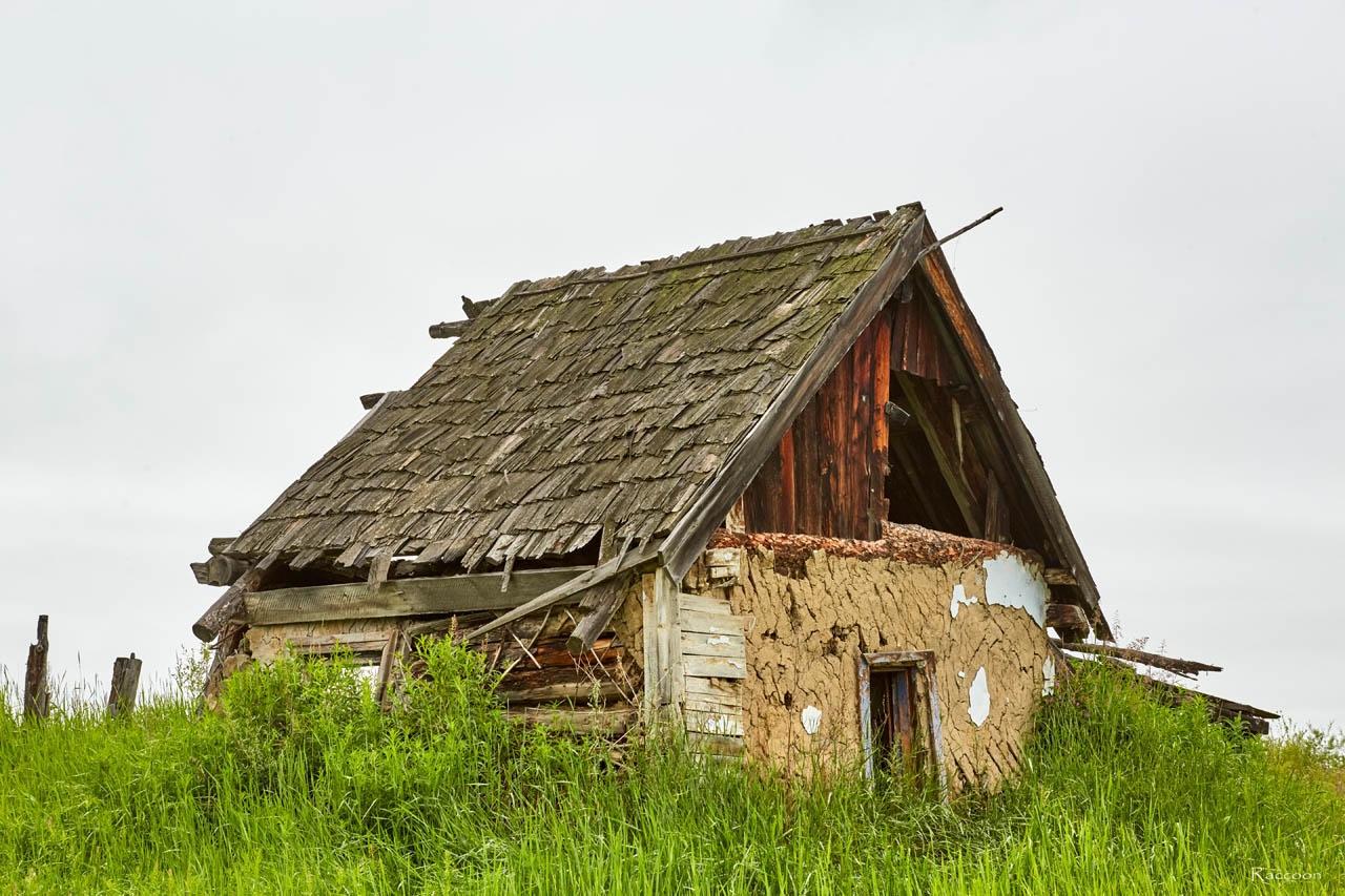 На въезде в посёлок Пищевой. 2017 год.