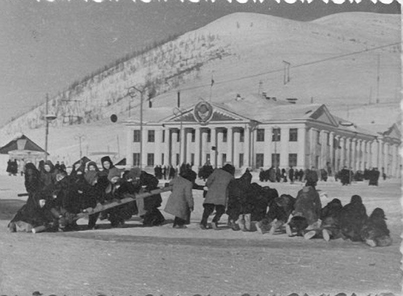 Поселок Ягодное. Дом культуры. Из архива Н.Чижовой.