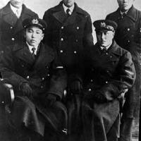 Летчики Чукотки. Слева направо Верещагин, Елков, Шитиков, Кеутувги, Тымнетагин, 1940 год.