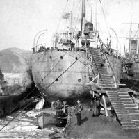 Подводные лодки типа «Щука» у плавбазы «Саратов» в бухте Находка 1934-1935 годы