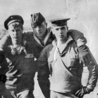 С-198. Виктор Мезенин, Владимир Гавриленко, Анфилатов.