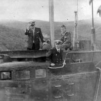 С-288. Командир лодки капитан 2 ранга Путинцев и штурман капитан-лейтенант Анкудинов. 1981 год.