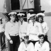 Парад на день ВМФ в 1985 году. Экипаж С-359.