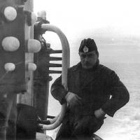 С-359. Слева на фото СОРС «Накат».